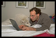 Philip and Alex in bed using PowerBook (photo: Rob Silvers)